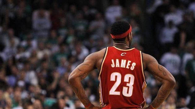LeBronu Jamesovi nemůže Cleveland přijít na jméno.