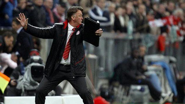 Kouč Bayernu Louise Van Gaal na lavičce trpěl.