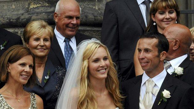 Tenista Radek Štěpánek vstoupil do svazku manželského s bývalou tenistkou Nicole Vaidišovou v katedrále sv. Víta.