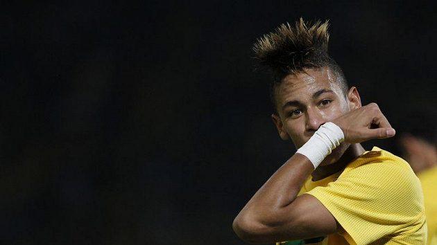 Brazilec Neymar zůstane v Santosu.