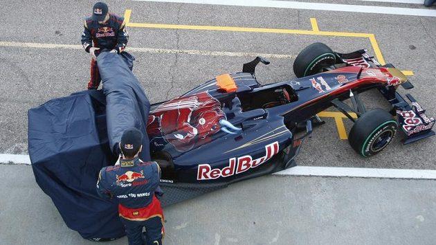 Týmy představují nové vozy, ale US F1 a Campos ještě nemají kompletní jezdecké sestavy