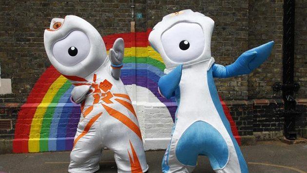 Maskot olympijských her v Londýně Wenlock (vlevo) a maskot paralympijských her Mandeville.