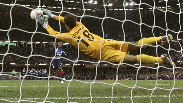 Daniel Sturridge penaltu neproměnil, korejský gólman jeho úmysl vystihl. Fotbalisté Británie jsou z olympijského turnaje venku