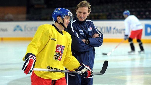 Antonín Honejsek (vlevo) a trenér hokejové reprezentace Alois Hadamczik.