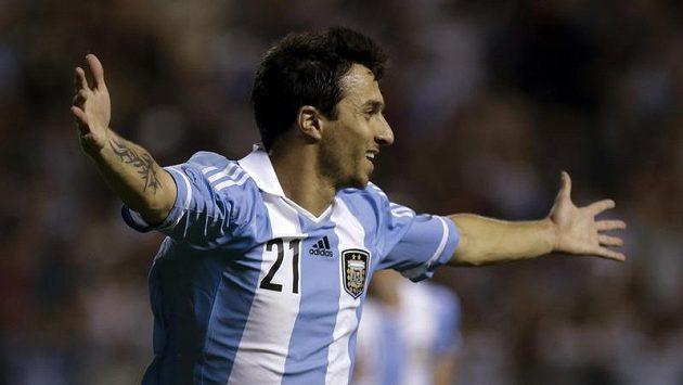 Ignacio Scocco se raduje z gólu do sítě Brazílie.