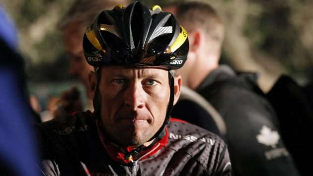 Lance Armstrong přijde i o všechny tituly z Tour de France