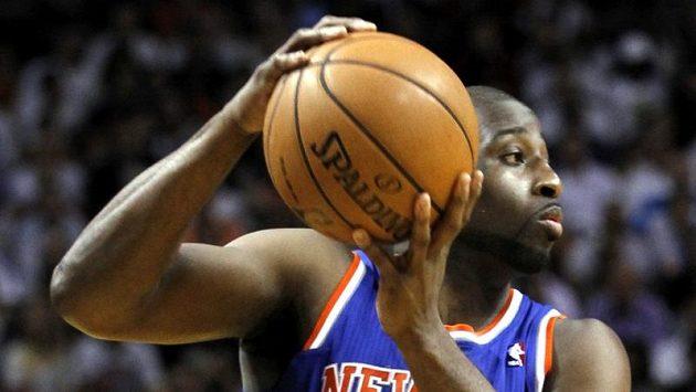Basketbalisté New Yorku drží domácí neporazitelnost.