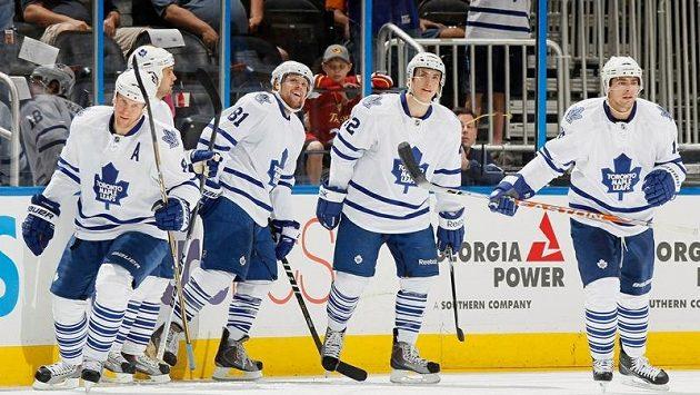 Hokejisté Toronta, podle magazínu Forbes nejhodnotnějšího klubu v NHL