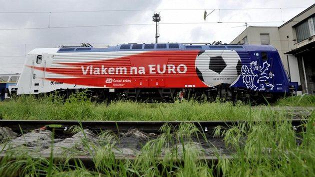 Lokomotiva řady 380, nejrychlejší stroj, jaký mají České dráhy k dispozici.