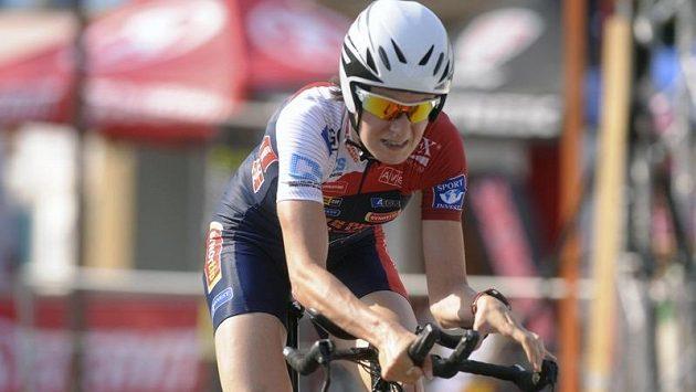 Rychlobruslařka Martina Sáblíková se neztratí ani v cyklistickém sedle, minulý měsíc na domácím šampionátu obsadila druhé místo v časovce