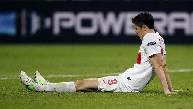 Zklamaný Robert Lewandowský po utkání s Českem.