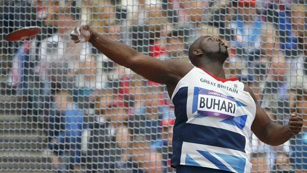 Diskař Abdul Buhari závodící pod britskou vlajkou ramadán během olympijských her nedodržuje.