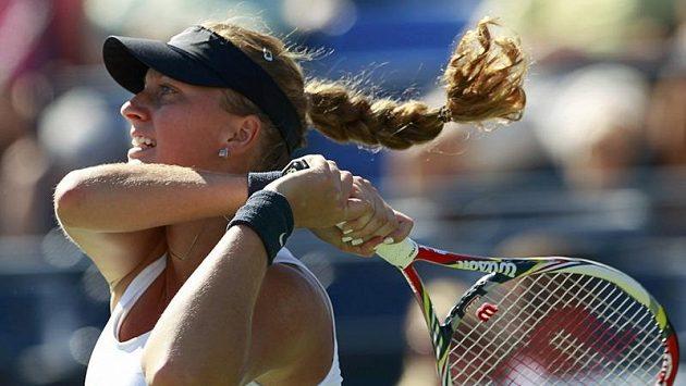 Tenistka Petra Kvitová během zápasu s Alizé Cornetovou z Francie