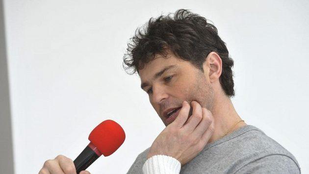 Tisková konference s hokejistou Jaromírem Jágrem po jeho návratu ze zámoří v Prostějově.