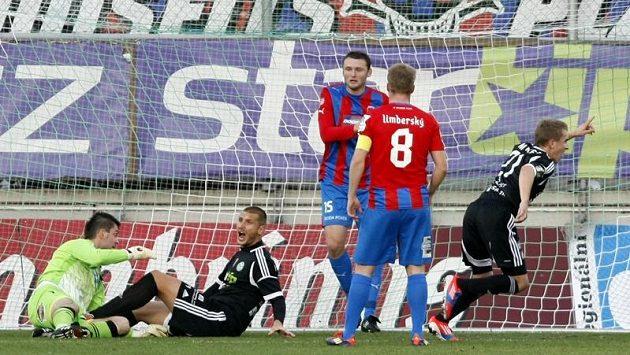 Příbramský Jiří Mareš se raduje z vítězného gólu proti Plzni.