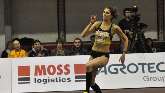 Italská výškařka Alessia Trostová na Hustopečské laťce.