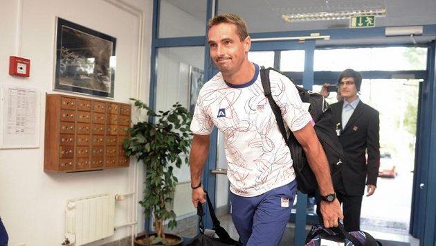Desetibojař Roman Šebrle odlétá na olympijské hry do Londýna.