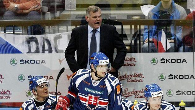 Český trenér Vladimír Vůjtek na slovenské střídačce