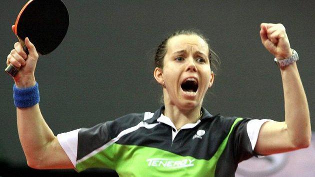 Iveta Vacenovská se raduje z vítězství.