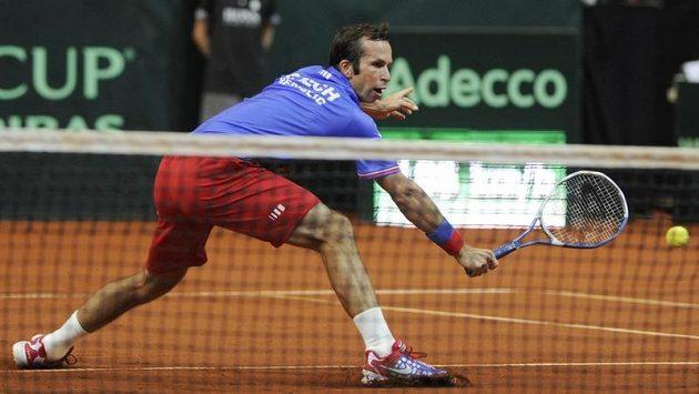 Tenista Radek Štěpánek u sítě v utkání proti Janko Tipsarevičovi