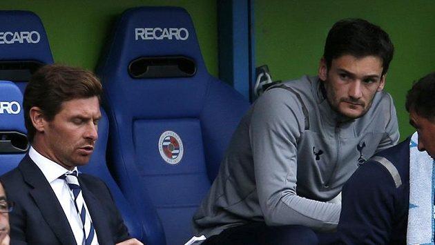 Manažer Tottenhamu Andre Villas Boas zatím nechává Hoga Llorise (dále) jen na lavičce náhradníků.