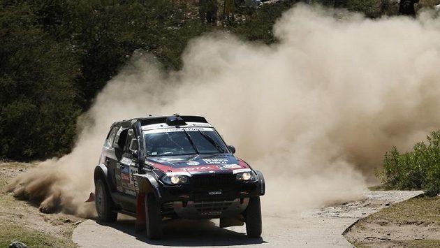 Orlando Terranova z Argentiny na trati desáté etapy Rallye Dakar.