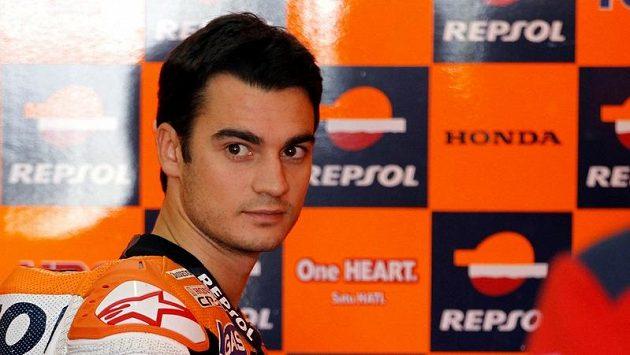 Španělský motocyklista Dani Pedrosa vystartuje do GP Valencie z prvního místa.