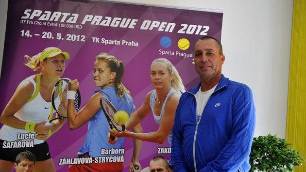 Ivan Lendl před exhibicí na turnaji ITF Sparta Prague Open
