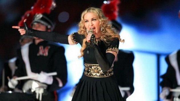 Poločasové vytoupení Madonny sledovalo 114 milionů divaků