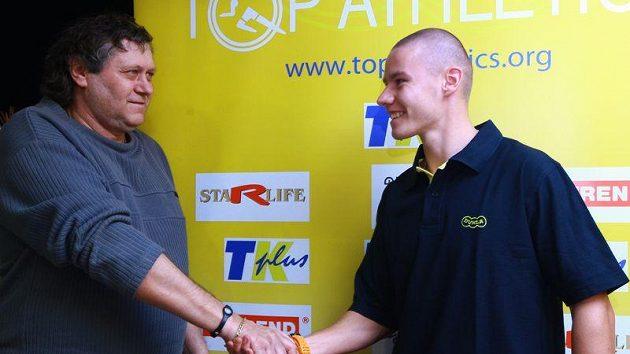 Karel Kolář (vpravo) a Pavel Maslák, bývalý rekordman a jeho nástupce.