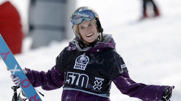 Na letošních zimních X-Games se vzpomínalo na tragicky zesnulou kanadskou lyžařku Sarah Burkeovou.