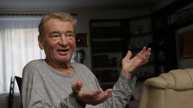 Bývalý hokejista Jaroslav Holík.