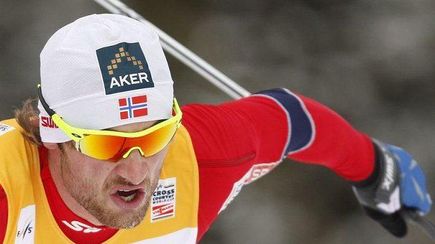 Nor Petter Northug přišel o šanci bojovat o Světový pohár.
