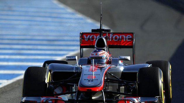 Jenson Button s vozem McLaren při testech v Jerezu.