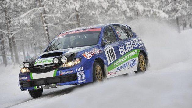 Posádka Vojtěch Štajf - Petra Řiháková na trati Actic Lapland Rally.