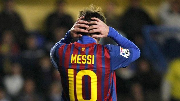 Lionel Messi z Barcelony během zápasu na hřišti Villarrealu.