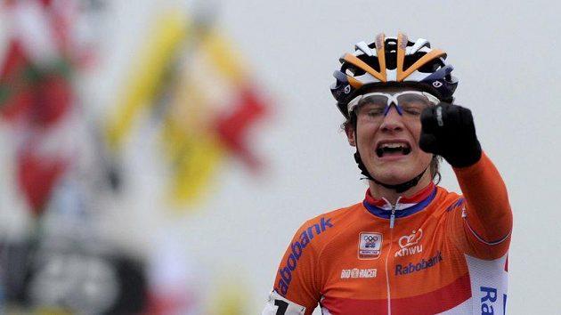 Vítězná Nizozemka Marianne Vosová.