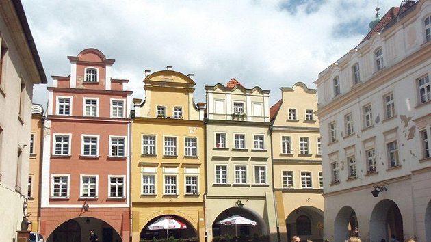 Jelení Hora je malebné polské městečko kousek od hranic s Českem.