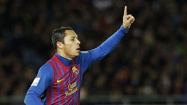 Adriano se raduje z gólu do sítě Katařanů.