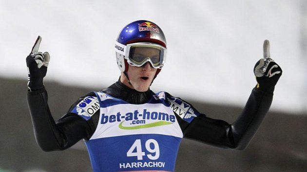 Rakouský skokan na lyžích Gregor Schlierenzauer možná ohrozí Hannawaldův rekord.