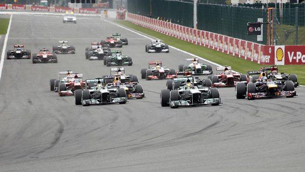 Závody mistrovství světa formule 1, které taky spadá pod hlavičku FIA.