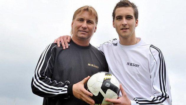 Legendární kanonýr Horst Siegl se svým synem.