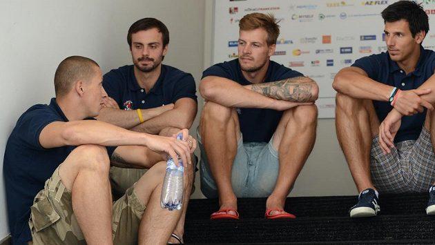 Petr Tatíček (třetí zleva) míří na angažmá do Německa.