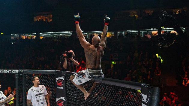 Prahu čeká v únoru velký večer bojových umění. MMA v O2 areně.