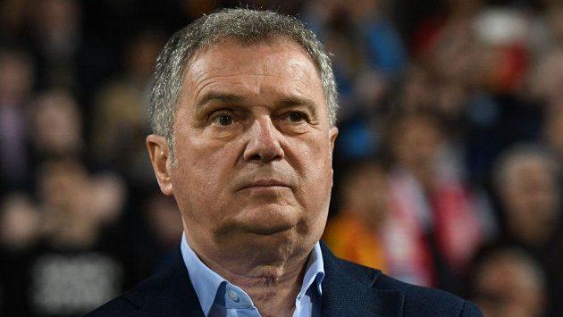 Ljubiša Tumbakovič, srbský trenér Černé Hory.