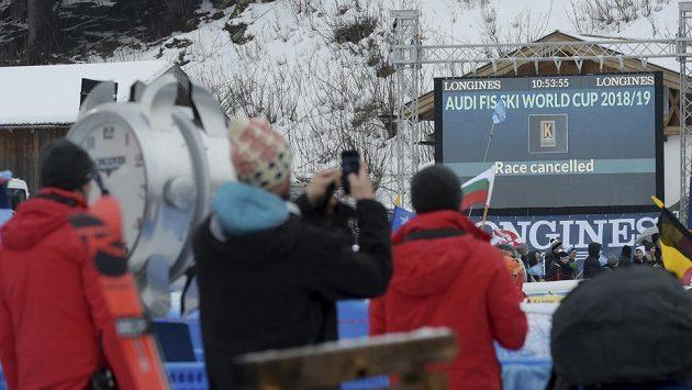 Sjezd Světového poháru mužů v Garmisch-Partenkirchenu se v sobotu kvůli počasí neuskuteční.