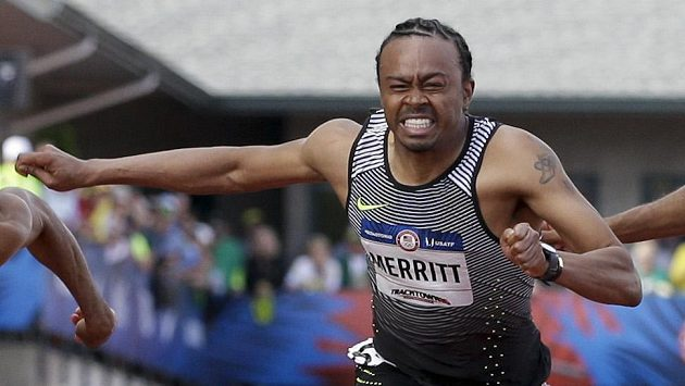 Aries Merritt během olympijské kvalifikace v Eugene.