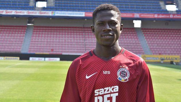 Ghanský útočník Zuberu Sharani se stal novou posilou fotbalistů Sparty.