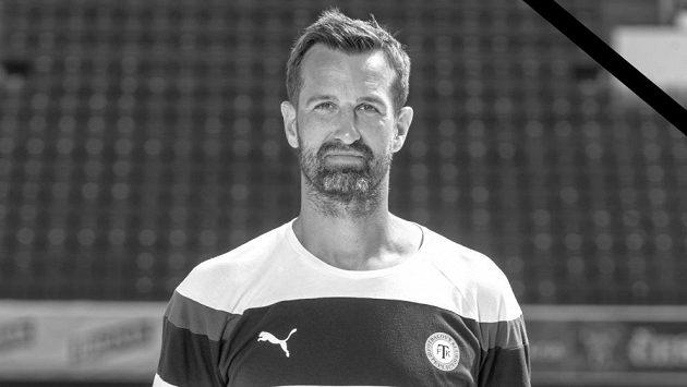 Trenér a bývalý brankář Radim Novák.