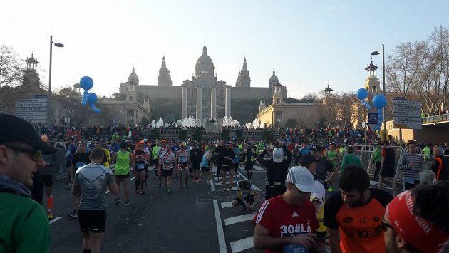Takové neobyčejné ráno maratónského běžce - nedělní Barcelona.